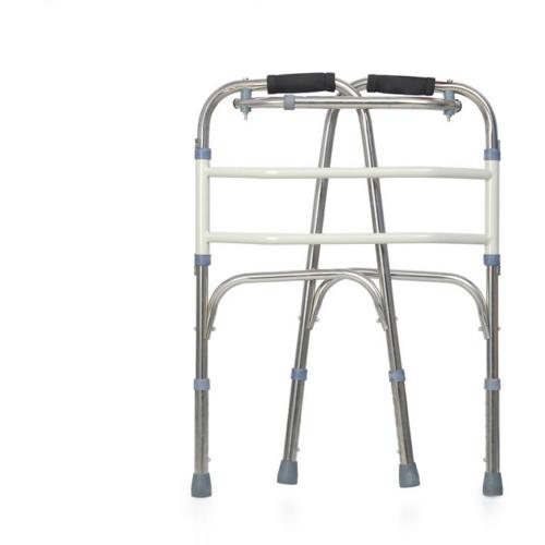 gamle mannen går med kryckor små ben walker en käpp på kryckor - booster - stöd av rostfritt stål