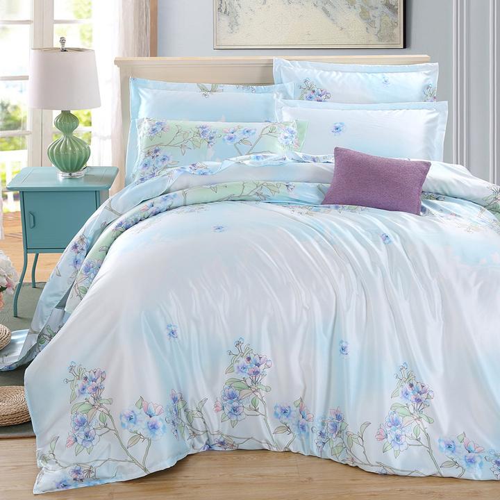 Four piece silk satin silk four piece silk bedspread bedding 1.8M spring and summer days