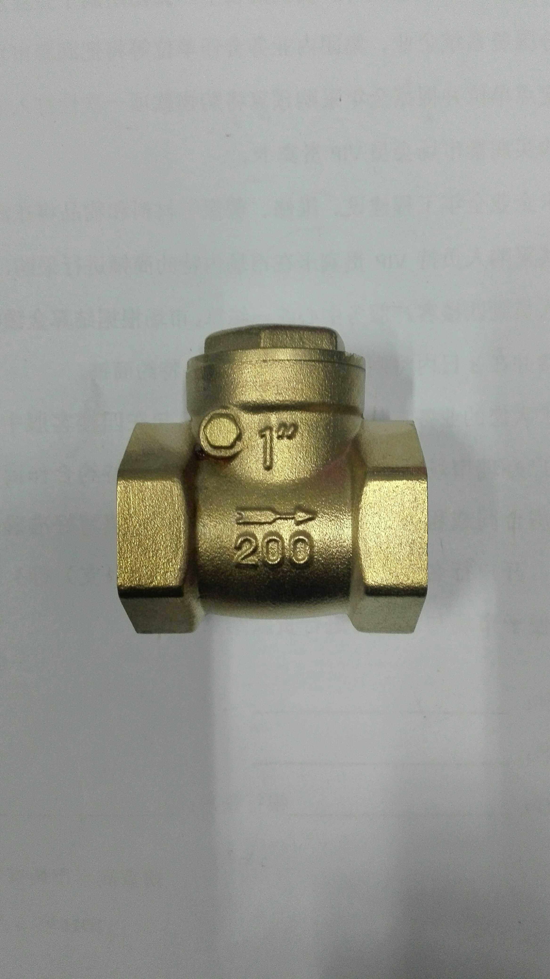 Alambre de latón y una válvula de válvula cantidades al por mayor