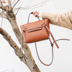 2017新款时尚鲶鱼包  女包单肩斜跨手提包