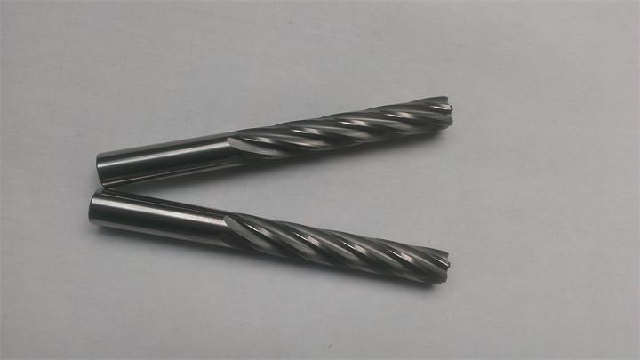 Manufacturers of professional customized size hard alloy spiral reamer / helical edge reamer tungsten steel tungsten steel
