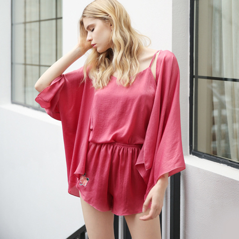 Summer and autumn fashion embroidery Sexy Lady Rose pajamas four piece silk sling bag mail service Home Furnishing cardigan