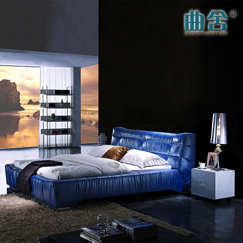Simple European palace leather 1.8 meters double bed head layer cowhide bed bed bed room bright blue bed