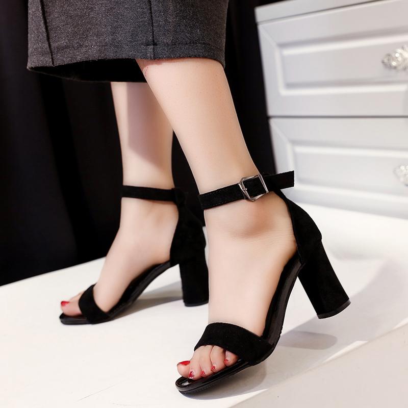 夏季2017新款女鞋韩版露趾一字扣带凉鞋7cm粗跟高跟鞋罗马凉鞋女