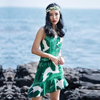海边度假沙滩裙波西米亚短裙不规则露背雪纺印花吊带连衣裙女夏