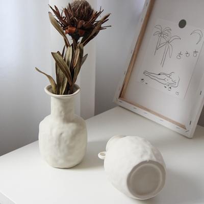 包邮  ins北欧风 宜家手工陶瓷家居摆件干花花瓶拍照道具复古
