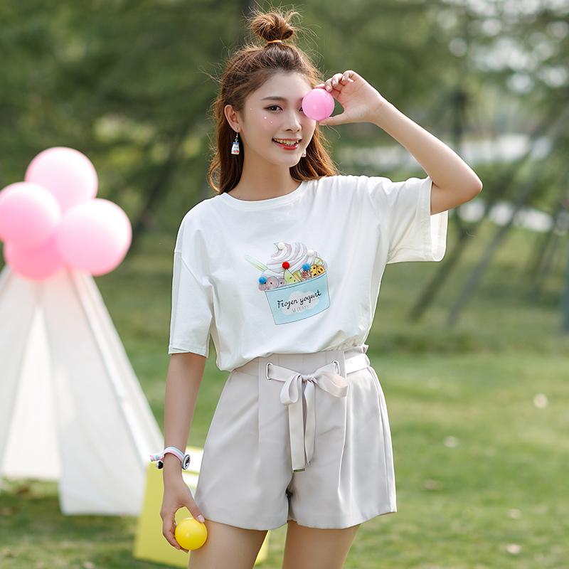Áo T-shirt nữ cộc tay họa tiết in hoa màu trắng phong cách Hàn Quốc dễ kết hợp kiểu dáng rộng rãi phong cách ngọt ngào phong cách học sinh mẫu mới nhất