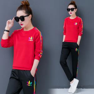 2019年新款时尚休闲舒适女士条纹套装运动潮流两件套运动跑步套装