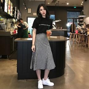 2018夏季新款女韩版中长款格子裙子 两件套冷淡风短袖连衣裙 套装
