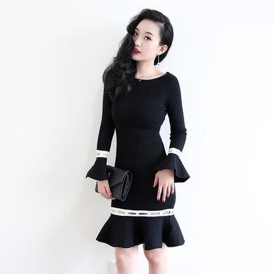 莫凝秋冬季针织连衣裙女复古修身显瘦荷叶边喇叭袖鱼尾中长打底裙