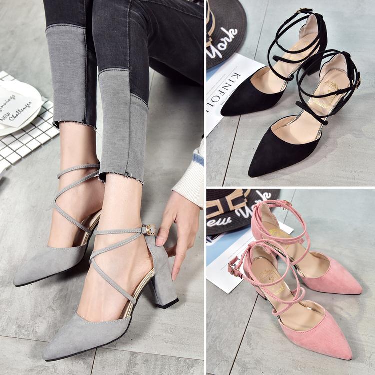 2017夏季新款交叉绑带凉鞋韩版一字扣包头粗跟中跟罗马鞋女鞋