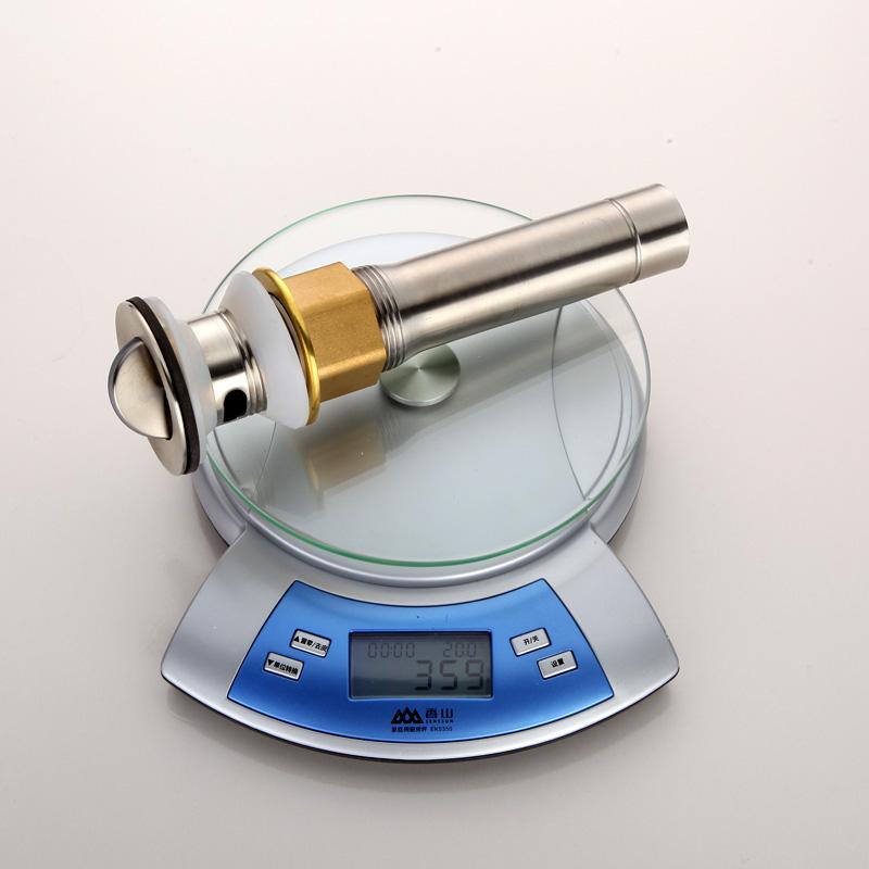 La instalación de tuberías a presión de agua de baño baño de agua de baño y engrosamiento de los tubos de acero inoxidable de trompeta