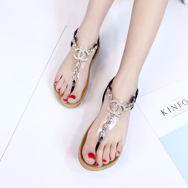 透明夹趾女鞋新款夏季凉鞋 平底平跟女字水钻漆皮PU 松紧带欧
