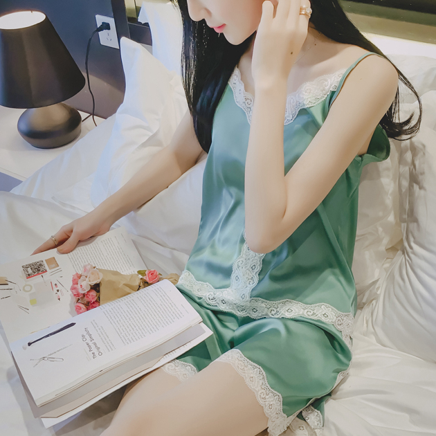 The new silk silk pajamas sexy female summer shorts three suit female sling four piece suit Home Furnishing