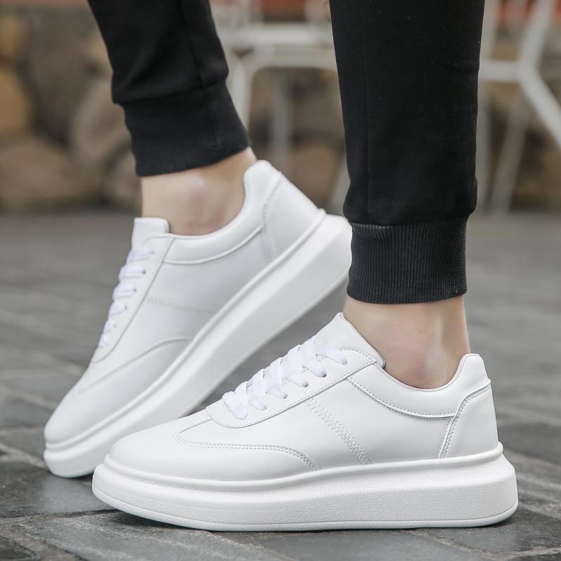 防水小白鞋男韩版潮白色皮面秋季增高松糕鞋情侣厚底板鞋平底白鞋
