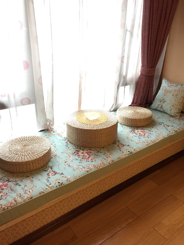 Japanese style rattan wood table table table window sill tatami bed Kang several small square table table table straw