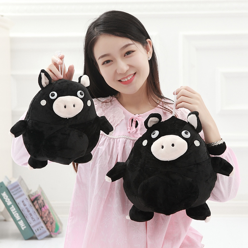 The bad guys must die, the little black pig dolls, the little pig dolls, the pig, the McDull, the pig dolls, the birthday gifts