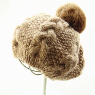 小头围毛线贝雷帽女秋冬保暖大兔毛球针织帽麻花撞色松紧弹力帽子