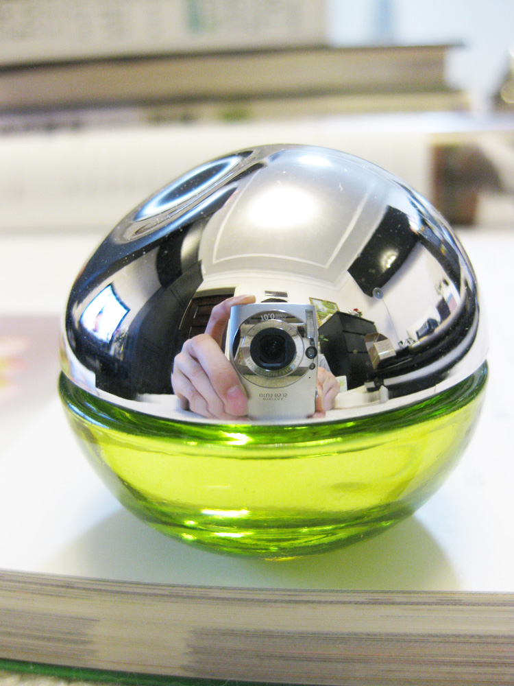 DKNY Donna the BeDelicious aroma maçã Verde Q 7mlEDP.