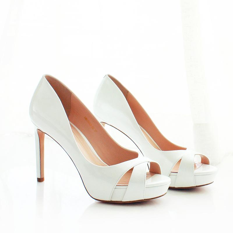 漆皮玫红色尖头高跟鞋 细跟高跟性感浅口单鞋女