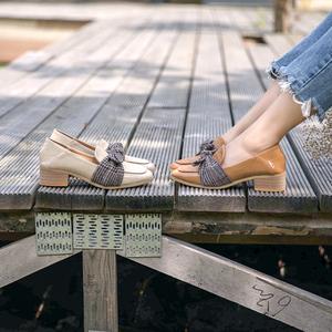 韓版2018新款蝴蝶面女鞋英倫小皮鞋女學生韓版百搭中跟粗跟女單鞋