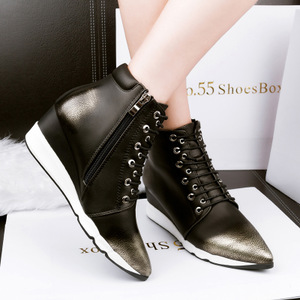 915-3《售完不补货》风复古尖头坡跟短靴女春秋单靴高帮短靴子