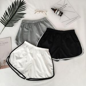Mùa hè mới giản dị nhà quần short nhỏ của phụ nữ cao eo thể thao màu rắn quần nóng sinh viên hit màu viền quần chân rộng thủy triều