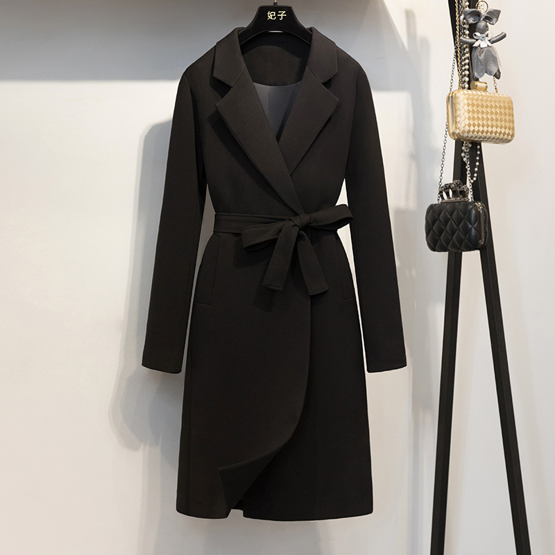 Scorpion 2018 mùa thu thời trang trong phần dài của người Anh là mỏng hoang dã màu đen khí áo gió áo khoác nữ 1514LA