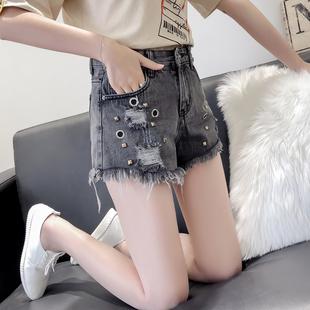 ins超火新款时尚破洞牛仔短裤女