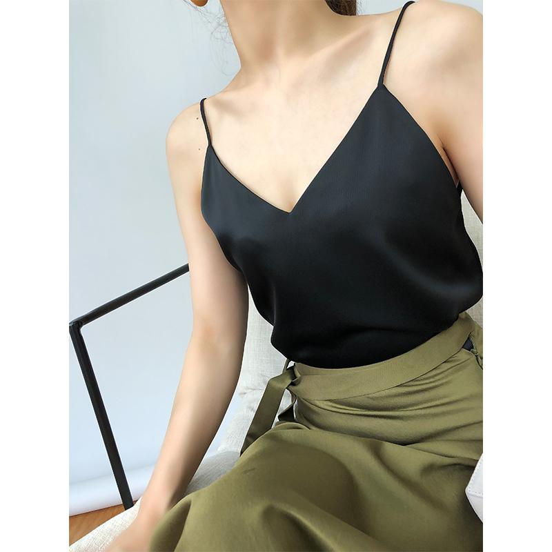 VKI18 mùa hè sản phẩm mới thời trang tối giản ba chiều cắt V-Cổ nhập khẩu nước gợn shiny sling áo vest nữ
