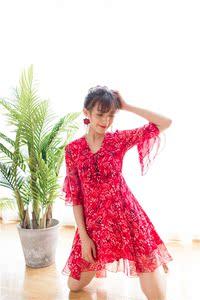 实拍现货  V领喇叭袖收腰伞裙雪纺碎花连衣裙女夏2017新款韩版