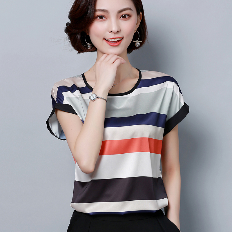 Lụa ngắn tay T-Shirt nữ tằm quần áo lụa mẹ mùa hè ăn mặc thời trang sọc áo 2018 mới kích thước lớn