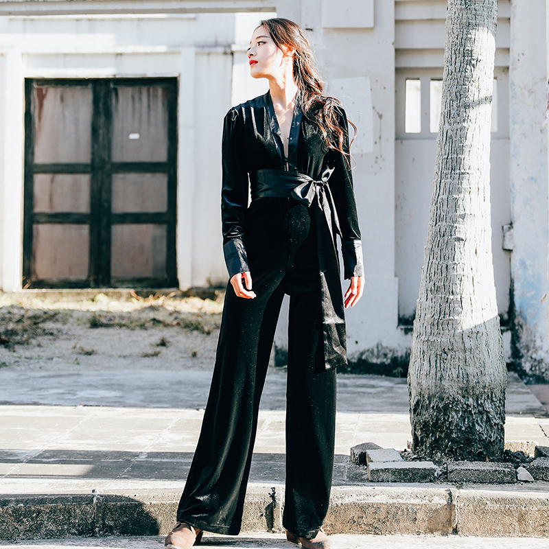 秋冬新款超模Martha Hunt同款丝绒黑色绑带V领长袖垂感连体阔腿裤