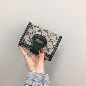 2020新款女士钱包女短款ins潮多卡位三折叠撞色搭扣手拿包小钱夹