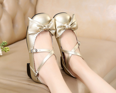 taobao agent Lolita daily original basic bow low-heeled cross straps student simple handmade tea party small leather shoes
