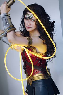 taobao agent Wonder Woman armor armor cosplay props tailored