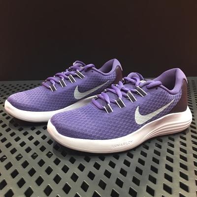 Nike耐克 女子网面透气轻便运动跑步鞋852469 500-郑大大鞋业