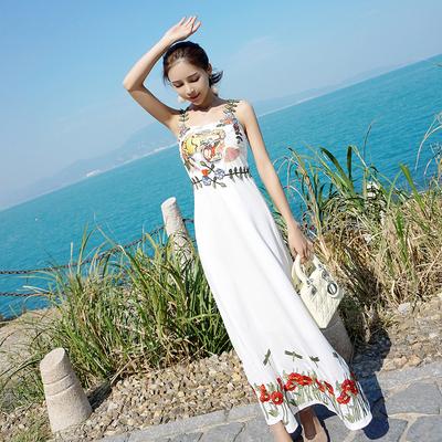 小心机超仙刺绣吊带裙显瘦雪纺连衣裙海边度假沙滩裙长