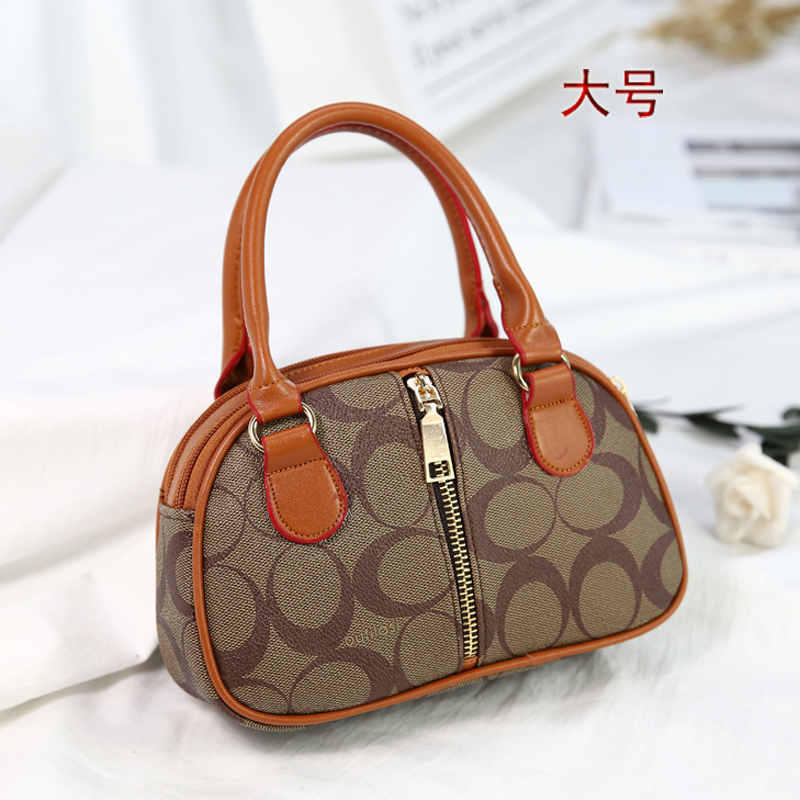 old middle-aged mom grocery shopping phone change clutch shoulin handbags elderly mini portable small bag