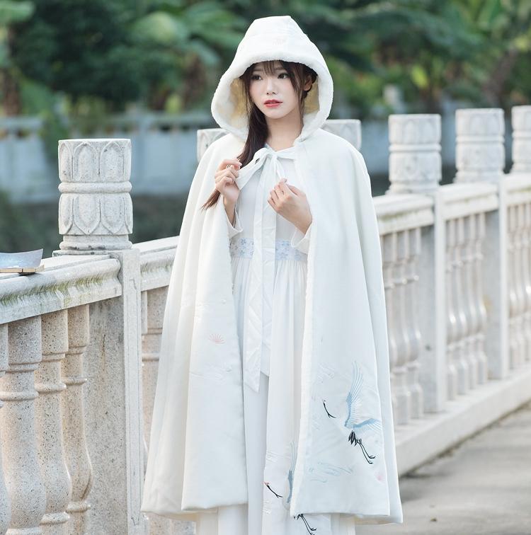 Hanfu áo choàng áo len nữ Trung Quốc phong cách mùa thu và mùa đông thêu áo trùm đầu áo dài dày cổ