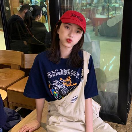 春装韩版宽松休闲卡通短袖T恤女2019新款网红圆领中袖上衣打底衫