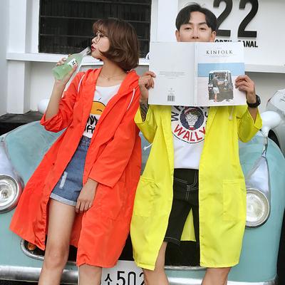 2018 mùa hè ngoài trời giải trí dài áo gió Hàn Quốc nam giới và phụ nữ áo khoác quần áo chống nắng những người yêu thích áo khoác mỏng người đàn ông Áo gió