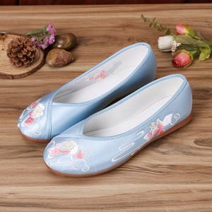 古装鞋子纯白汉服女鞋老北京布鞋民族风圆头弓鞋配旗袍平底绣花鞋