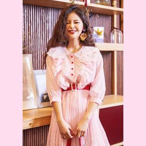 现货实价。韩国 甜美 花边领 百褶连衣裙