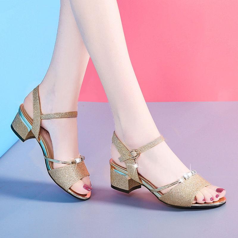 中跟凉鞋2020新款女夏百搭时尚粗跟女鞋韩版露趾一字扣女士高跟鞋