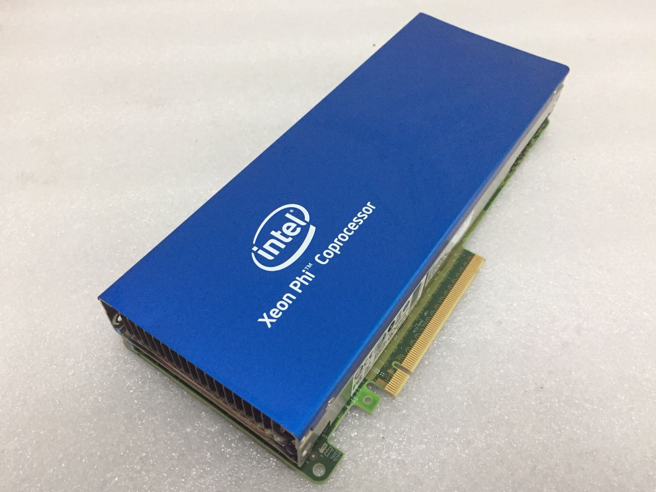 133 40]cheap purchase INTEL Xeon Phi 31S1P CPU Acceleration Card