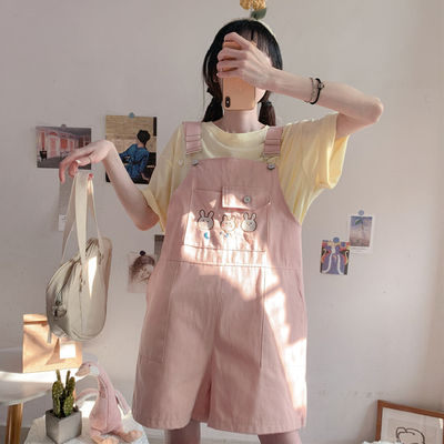 taobao agent Original Japanese soft girl sweet and cute loose casual overalls bib shorts wide-leg pants women summer thin section