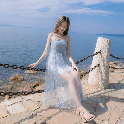 连衣裙女夏新款一字肩蕾丝吊带小清新收腰显瘦中长款网纱裙子