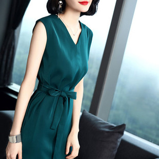 夏季新款时尚V领无袖气质宽松女连衣裙