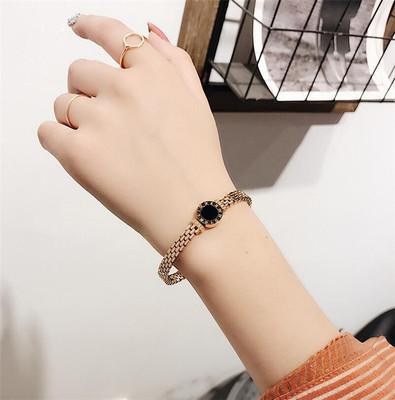 韩国小清新钛钢手镯女夸张手链简约罗马字母love学生手环